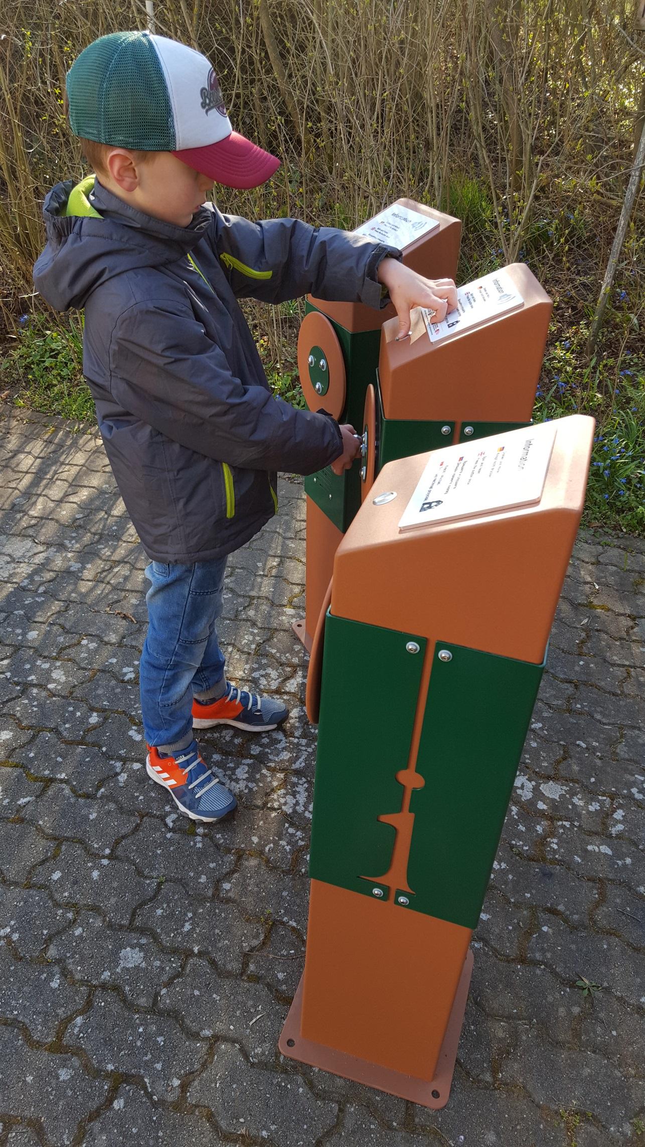 Kid using Playnetic AudioColumn